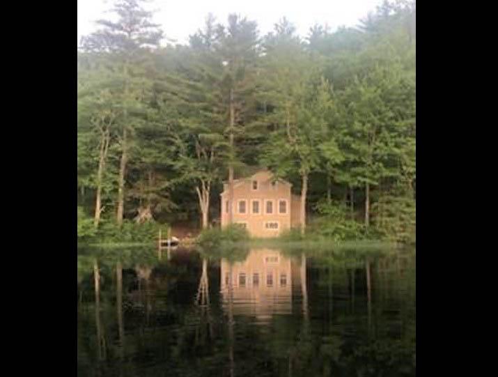 10 Damon Pond Rd Amherst NH